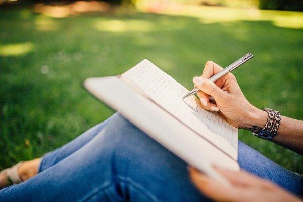 親子で交換日記のイメージ